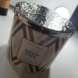Bath and body works vanilla birch 3 wick candle